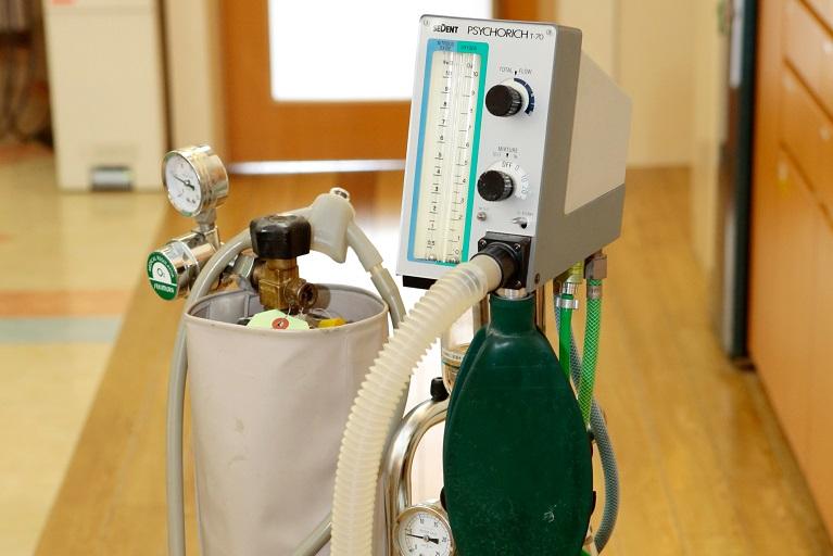 笑気麻酔器